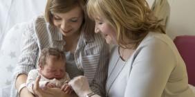 OBOWIĄZKI DZIADKÓW, czyli czego nie robić, gdyTwoje dziecko staje się rodzicem…