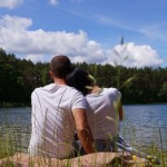MIŁOSNE ZAWIROWANIA – czy introwertyk jest w stanie pokochać ekstrawertyczkę?